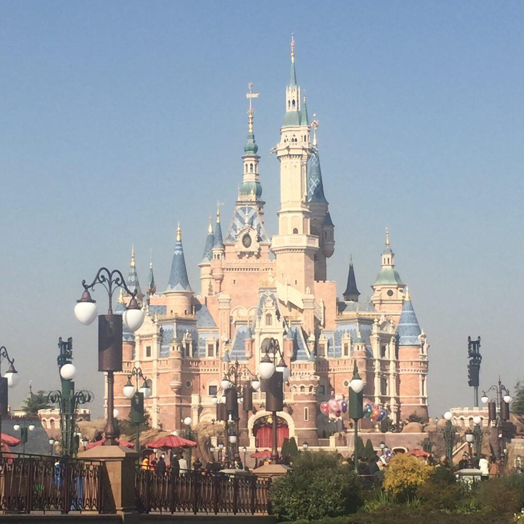 ディズニーランド内のお城