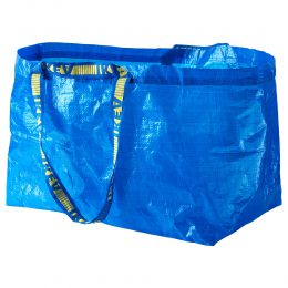 IKEAの青いバッグ